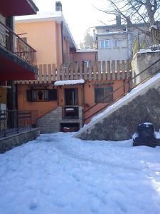 Grazioso appartamento al centro di Roccaraso - AbcAlberghi.com