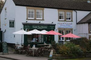Eyam Tea Rooms Bed and Breakfast - Grindleford Bridge