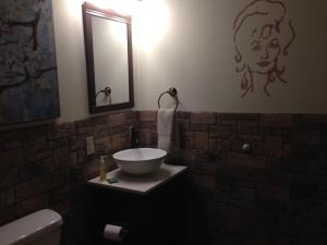 Swan Song Inn, Bed & Breakfasts  Marshfield - big - 76