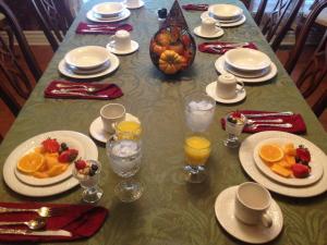 Swan Song Inn, Bed & Breakfasts  Marshfield - big - 70