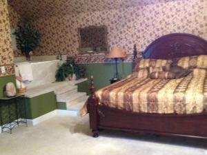 Swan Song Inn, Bed & Breakfasts  Marshfield - big - 60