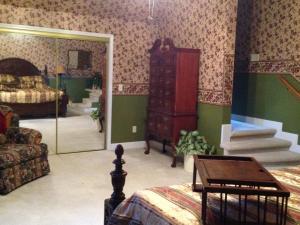 Swan Song Inn, Bed & Breakfasts  Marshfield - big - 59