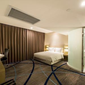 . Ejin Tian Fu Garden Apartment