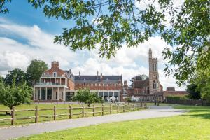 Stanbrook Abbey - Worcester