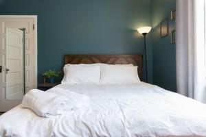 The Victorian Guest Suite 9.6 - Jefferson
