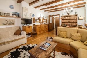 Villa Ca dei Faraglioni - Apartment - Cortina d`Ampezzo