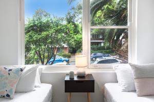 DENHAM DAZE (I677) -L'Abode - Sydney