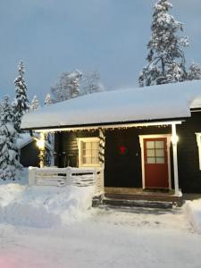 Ylläsjärvi Hotels