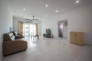 228 Vacation Home - Bayan Baru, Apartments  Bayan Lepas - big - 63