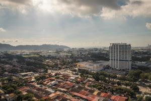 228 Vacation Home - Bayan Baru, Apartments  Bayan Lepas - big - 57