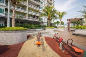 228 Vacation Home - Bayan Baru, Apartments  Bayan Lepas - big - 56