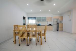 228 Vacation Home - Bayan Baru, Apartments  Bayan Lepas - big - 55