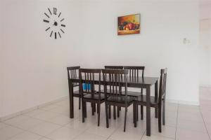 228 Vacation Home - Bayan Baru, Apartments  Bayan Lepas - big - 41