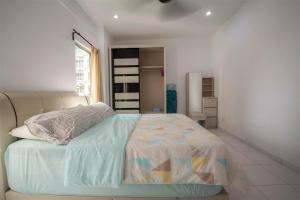 228 Vacation Home - Bayan Baru, Apartments  Bayan Lepas - big - 43