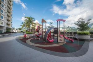 228 Vacation Home - Bayan Baru, Apartments  Bayan Lepas - big - 39