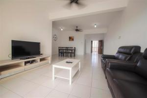 228 Vacation Home - Bayan Baru, Apartments  Bayan Lepas - big - 40