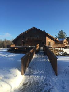 Ski and Tee Penthouse - Schuss Mountain Shanty Creek Resort - Creswell