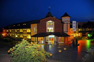 A-HOTEL com - Luxury and cheap accommodation in Novi