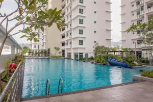 228 Vacation Home - Bayan Baru, Апартаменты  Байан-Лепас - big - 1