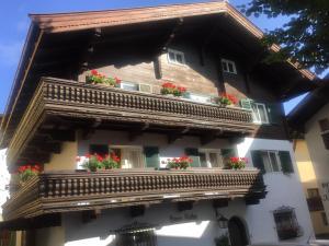 Pension Haus Koller - Hotel - Kitzbühel