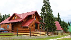 Mountain Family House Zara