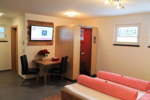 Apart Alpinlive, Aparthotels  Ladis - big - 26