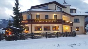 Pension Schlömmer, Affittacamere  Sankt Gilgen - big - 82