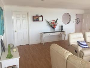 Villa Deville, Apartmanok  Dawesville - big - 25