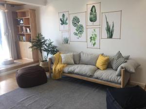 Yanji Wooden Wind Rive View Apartment