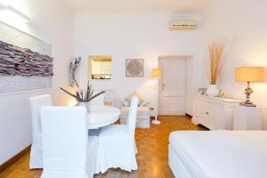 BBHOMEROME Piazza di Spagna Apartment