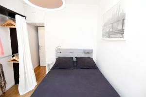 Charming apartment-Canal St Martin-Amazing prices!, Apartmanok  Párizs - big - 11