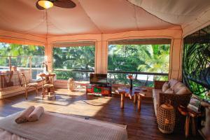 Hotel Tropico Latino, Szállodák  Santa Teresa Beach - big - 68