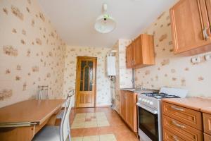 Циолковского 4 Просторная двухкомнатная квартира - Novyye Bateki