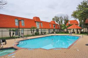 obrázek - Clean Comfortable & Spacious Apt Central Location Many Amenities Pool