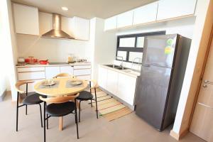 Mattani Suites, Апартаменты  Бангкок - big - 66