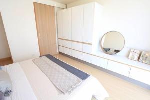 Mattani Suites, Апартаменты  Бангкок - big - 68