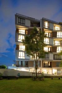 Mattani Suites, Апартаменты  Бангкок - big - 73