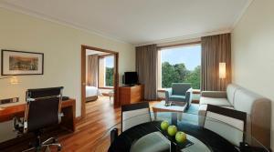 Hilton Bangalore Embassy GolfLinks (5 of 66)
