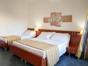 Mirabeau Park Hotel, Üdülőtelepek  Montepaone - big - 66
