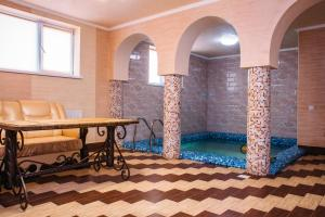 Alpin Hotel, Hotels  Bukovel - big - 24