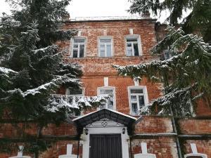 Гостиница Ризоположенская, Суздаль