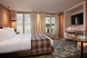 Location gîte, chambres d'hotes Le Pavillon des Lettres - Small Luxury Hotels of the World dans le département Paris 75