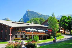AEC Vacances - Les Becchi - Hotel - Samoëns