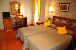 Hotel Arnal, Отели  Эскалона - big - 5