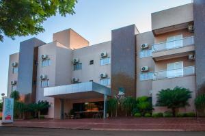 Hotel Valencia, Hotely  Dourados - big - 1