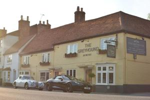 The Greyhound on the Test (14 of 33)