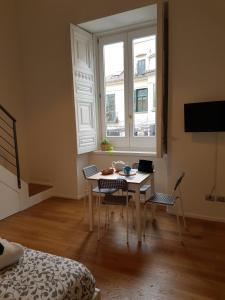 Via Roma Apartment Deluxe, Apartmány  Salerno - big - 33