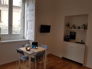 Via Roma Apartment Deluxe, Apartmány  Salerno - big - 34