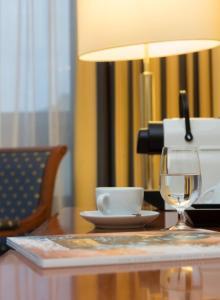 Hotel Mondial am Kurfürstendamm, Отели  Берлин - big - 5