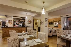 Casa Din Bran - Inn Cuisine, Гостевые дома  Бран - big - 22